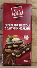 Шоколад молочный  Fin Carre (с цельным миндальным орехом) Германия 200г