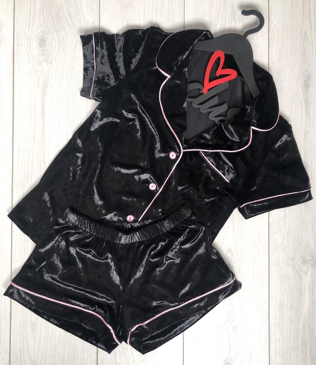 Черная велюровая пижама рубашка+шорты с кантом 025.