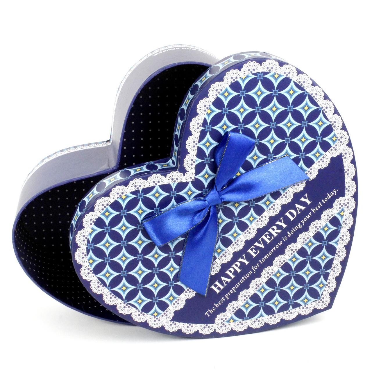 Подарочная коробка в форме сердца синяя 31 x 29.5 x 10 см