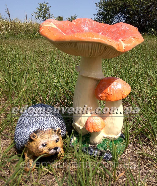 Садовая фигура Грибы Рыжики и Еж малый