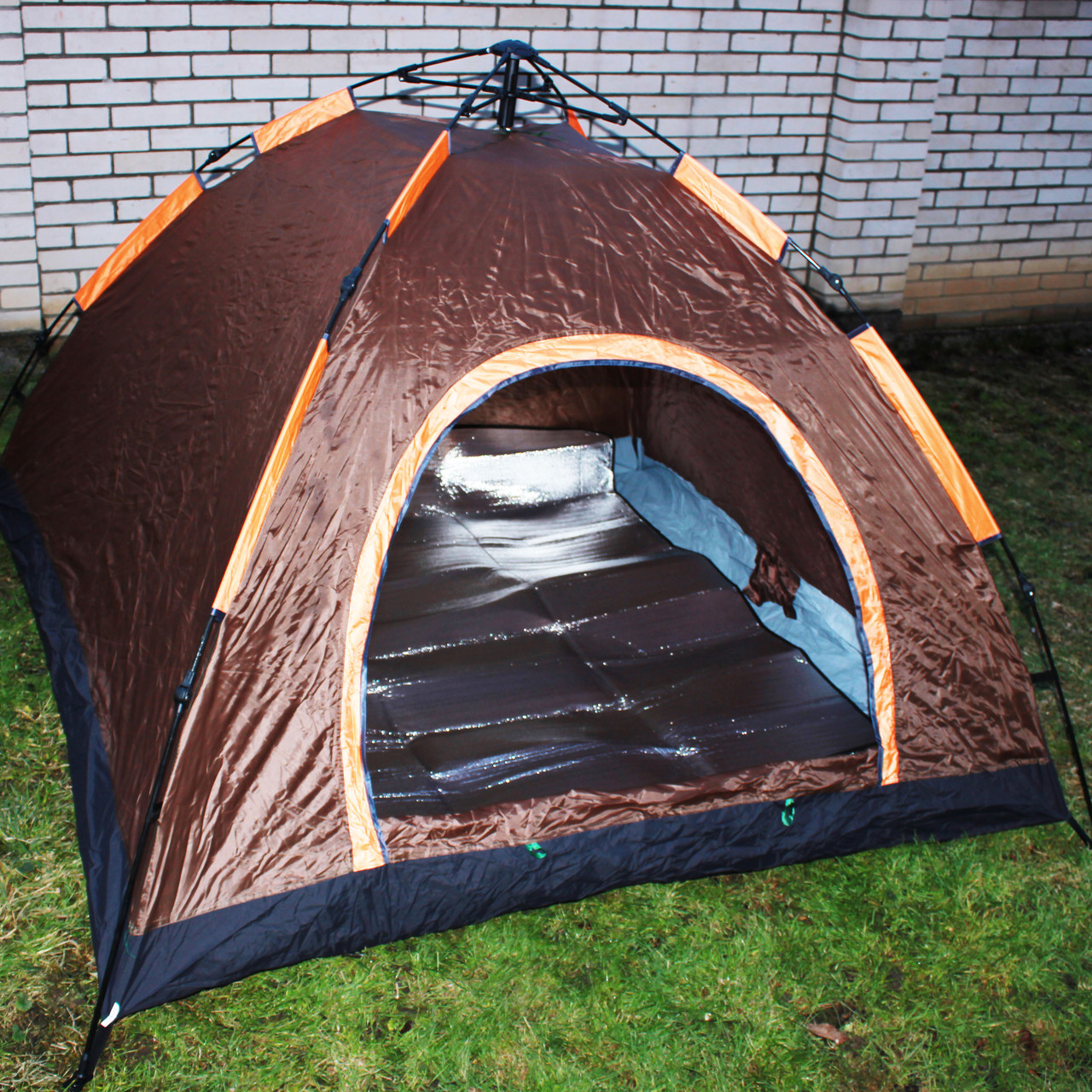 Палатка автоматическая 2.10×2.10×1.45 м. + каремат