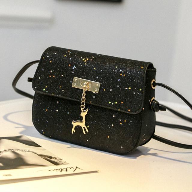 Блестящая сумочка через плечо черный