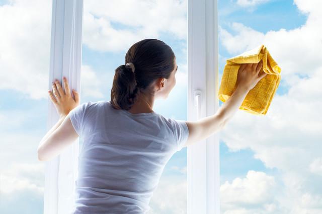 Окна и стекляные поверхности