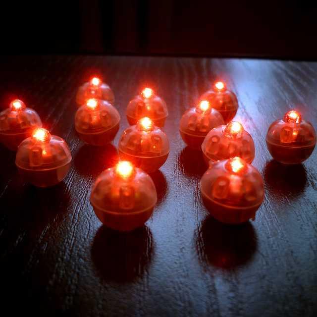 Светодиод красный для гелиевых шаров «сфера» цена за 1 шт.