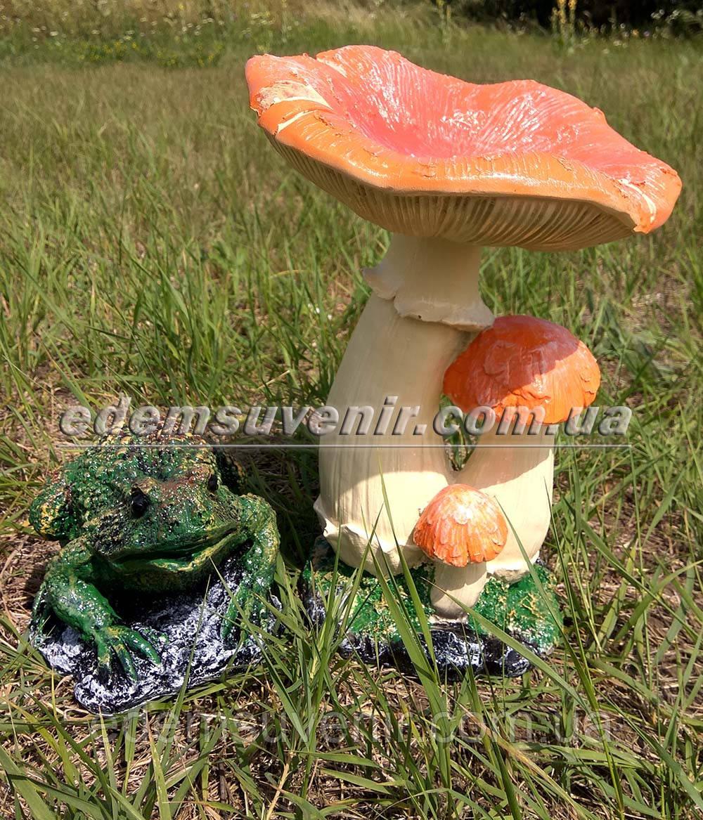 Садовая фигура Грибы Рыжики и Жаба болотная