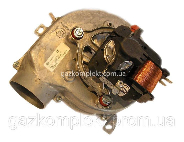 Вентилятор ARISTON Microgenus PLUS 24-28 FF 65100691