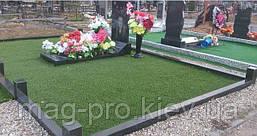 Штучна трава на кладовищі, фото 2