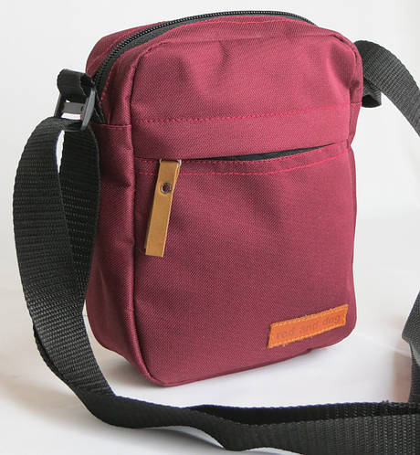 Городская сумка на плечо Red and Dog Tomen бордовый ВхШхГ: 20х16х6 см.