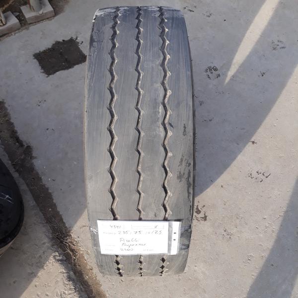 Шины б.у. 235.75.r17.5 Pirelli ST01 Пирелли. Резина бу для грузовиков и автобусов