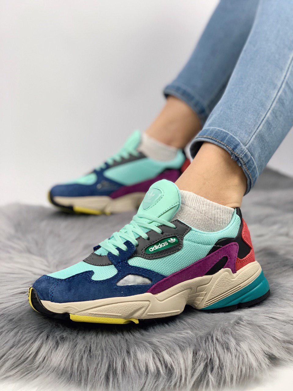 Женские кроссовки в стиле Adidas Falcon Clear Mint