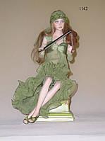 Кукла фарфоровая Carola
