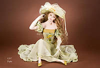 Кукла фарфоровая Dafne