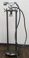 Напольный смеситель для ванны с душевой лейкой Atlantis 3011 бронза