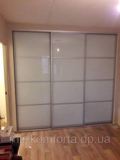 Матовые двери для встроенного шкафа