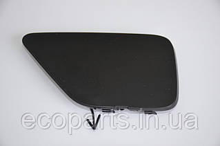 Заглушка бампера переднего Nissan Leaf (10-17)