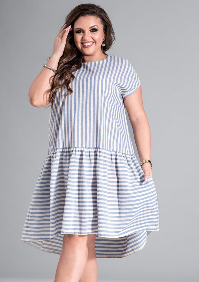 Летнее платье в полоску голубого цвета. Модель 17681. Размеры 50-56