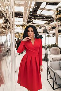 Женское платье на запах Красный