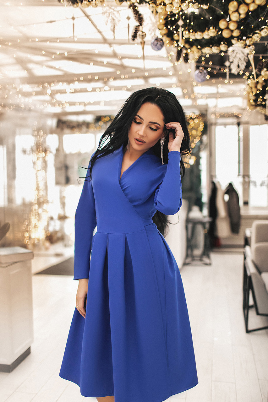 Женское платье на запах Синий