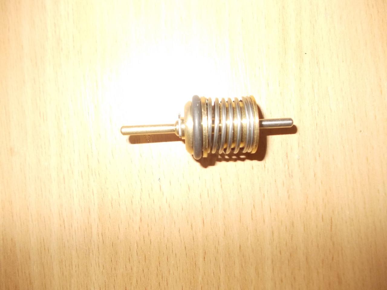 Шток (затвор) трехходового клапана ГВС .