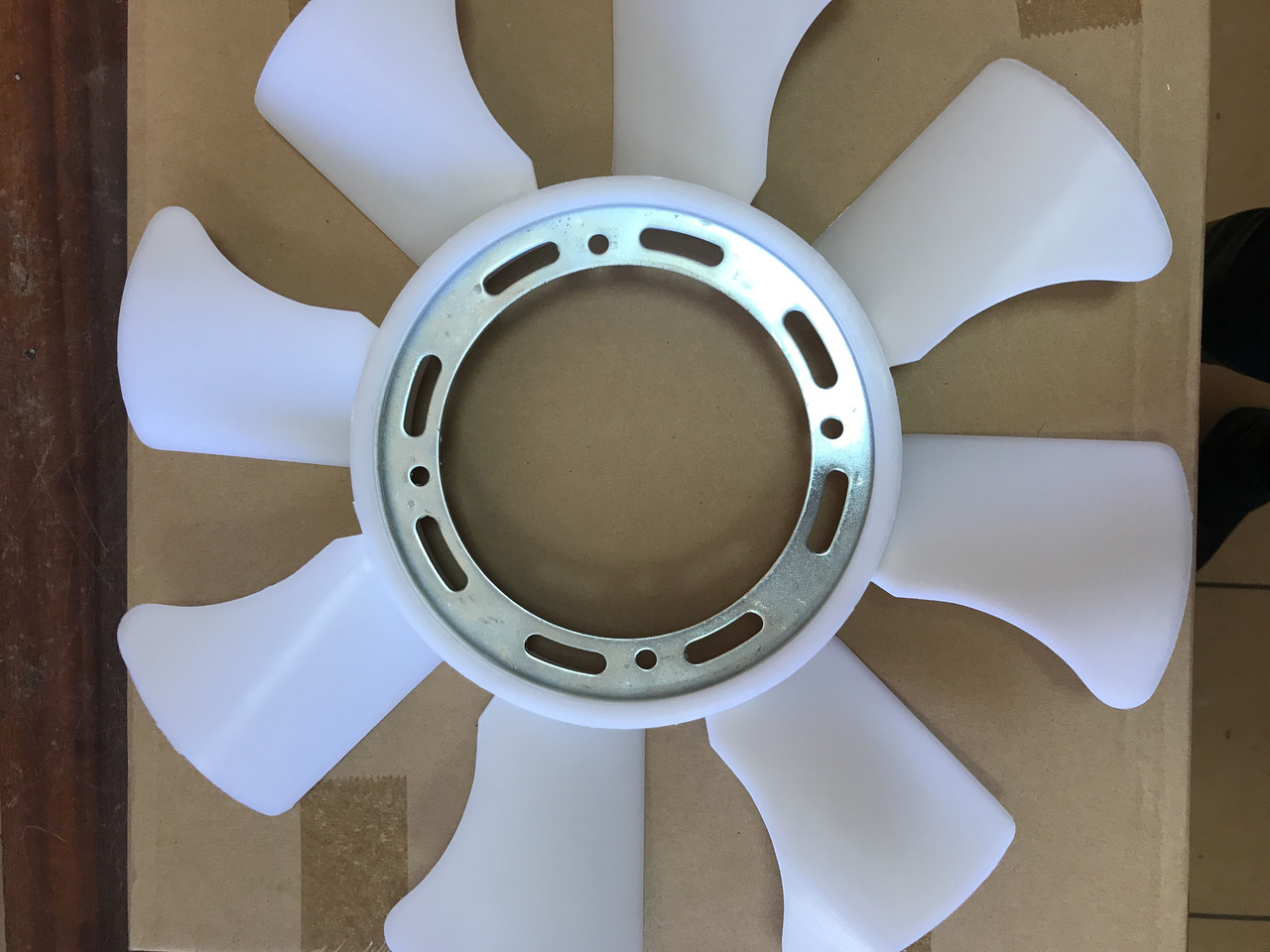 Крыльчатка вентилятора на 8 лопастей на Богдан