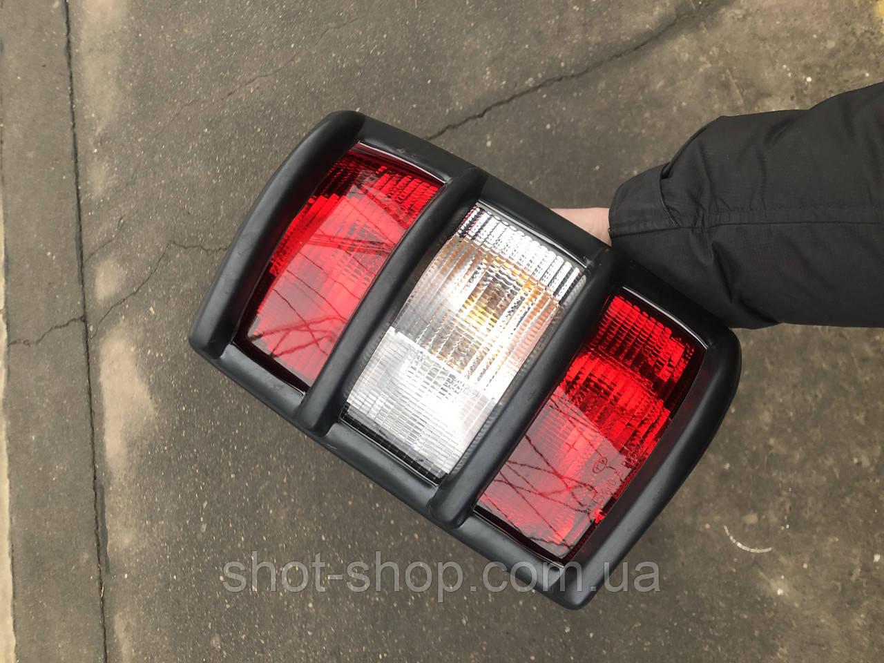 Накладка фонарей задних (к-кт 2шт) УАЗ 3160.3163 Патриот