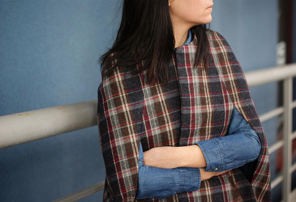Женское пальто кейп в клетку из шерсти, пальто без рукавов весеннее