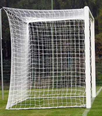 Футбольная сетка с шнура 2,5мм., ячейка 15см., глубина 1,5м.