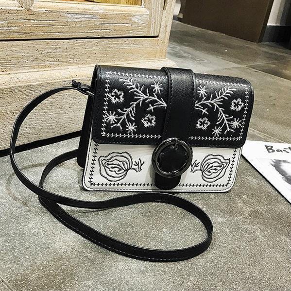 Черно-белая женская мини сумочка