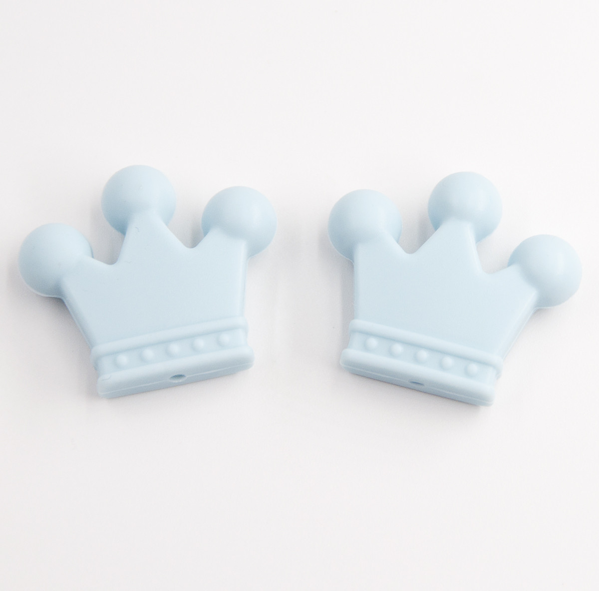 """Силиконовые бусины """"Короны"""" голубые 34х29х7 мм"""