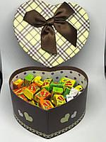 Жевательная жвачка Love is, жвачки лове ис ассорти в подарочной упаковке 50 шт №8