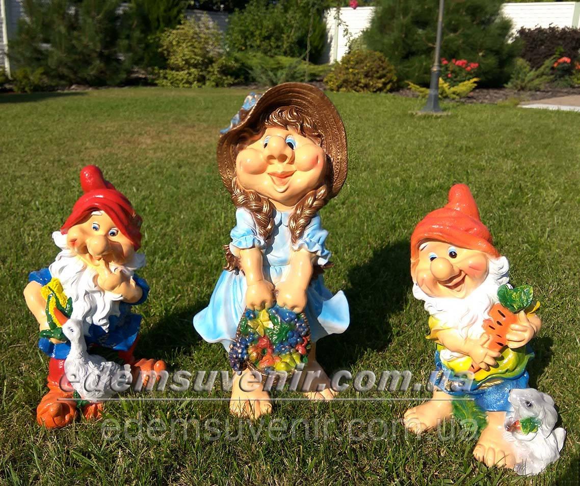 Садовая фигура Гном с зайцем средний, Гном с гусем средний и Скромница