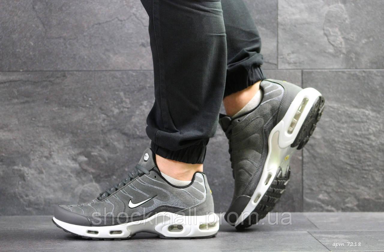1bd9722d Купить Кроссовки мужские Nike Air Max TN серые замша реплика ...