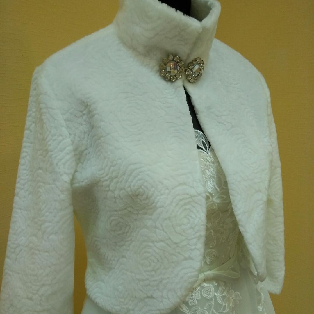 Свадебная шубка из искусственного меха для невесты. Размер 48-50 (L)