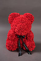 Мишка из роз искусственных красный 40см