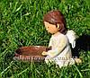 Садовая фигура Ангелок с птенцами и Ангелок с кормушкой, фото 3