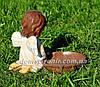 Садовая фигура Ангелок с птенцами и Ангелок с кормушкой, фото 5