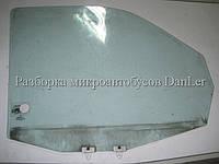 Скло передніх дверей праве Мерседес Віто 638 б/у (Mercedes Vito)