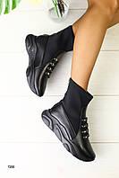Женские ботинки на толстой платформе Сезон: деми Материал: натуральная кожа + обувной стрейч Цвет: черный