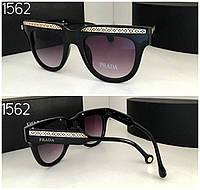 Женские очки  Prada черные