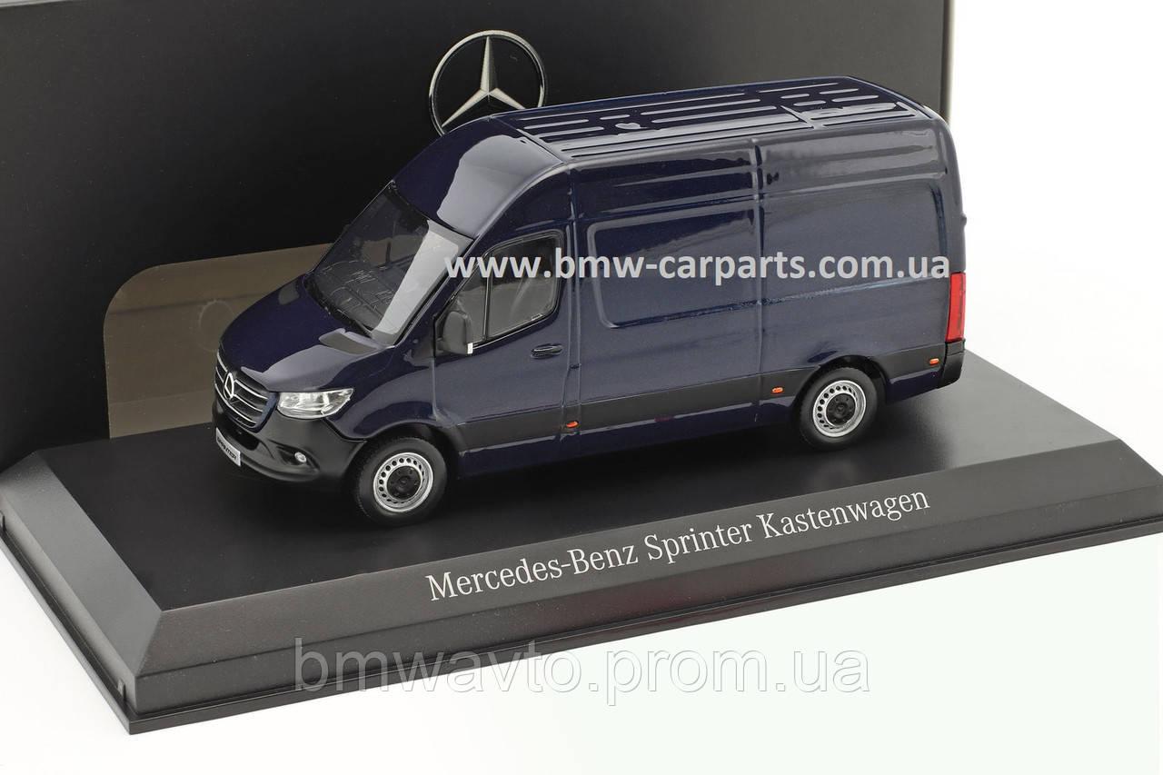 Модель Mercedes Sprinter, Panel Van, Cavansite Blue, Scale 1:43, фото 2