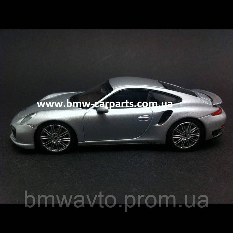 Модель автомобиля Porsche 911 Turbo Grey
