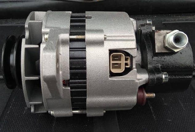 Генератор Hyundai HD65/HD72 (37300-41701), фото 2