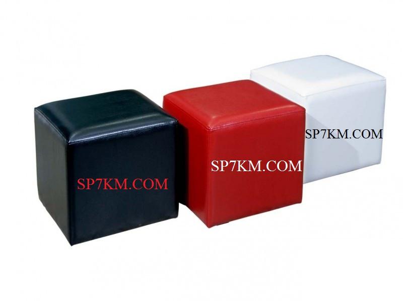 Пуфик квадратный разного цвета