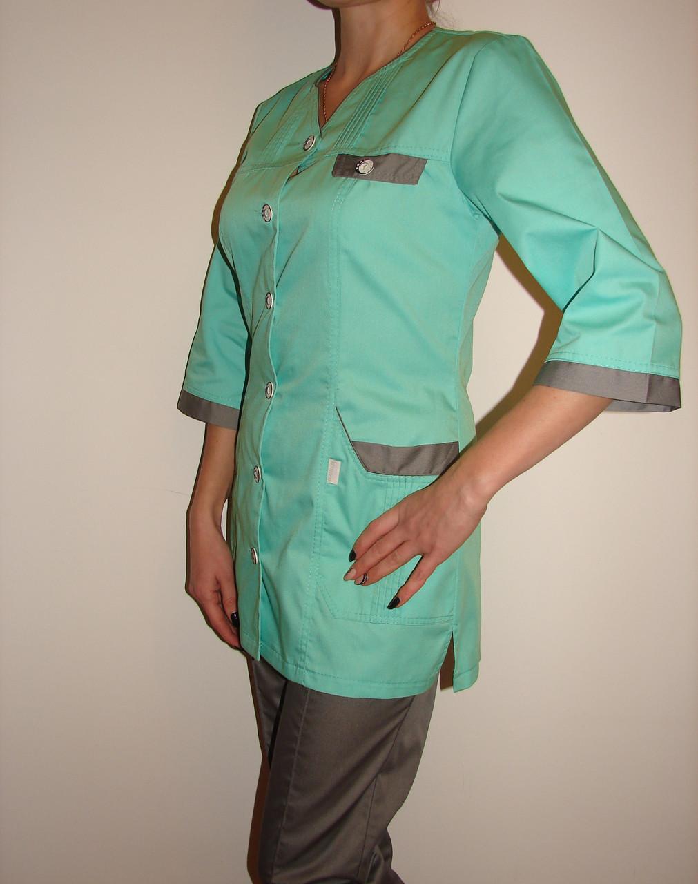 Медицинский костюм женский на пуговицах 3242 ( коттон 42-66 р-ры )