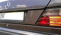 Накладка крышки багажника Mercedes 124 84-97 (Мерседес 124), 1LS 030 920-321
