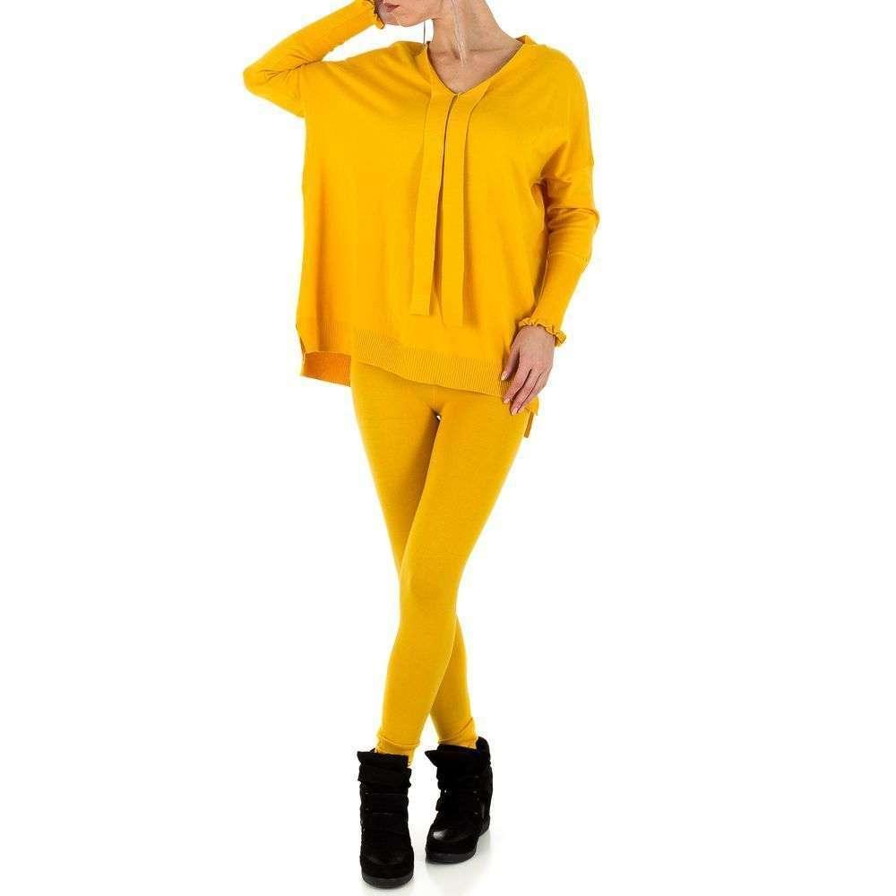 Женский костюм двойка - леггинсы и джемпер Emmash Paris (Франция), Желтый