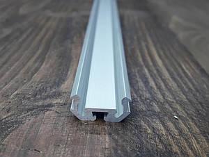 Світлодіодний радіаторний профіль універсальний z200 анод. Планка 2мп.