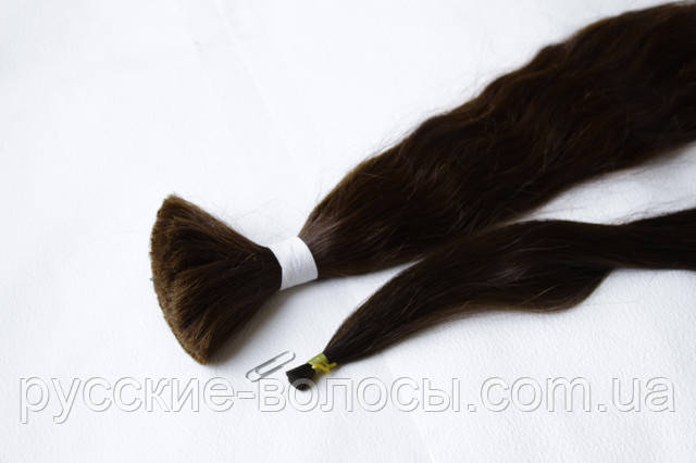 Срез волос ― подтянутый, торцованый  хвост.
