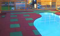 Напольное резиновое покрытие для мест активного отдыха