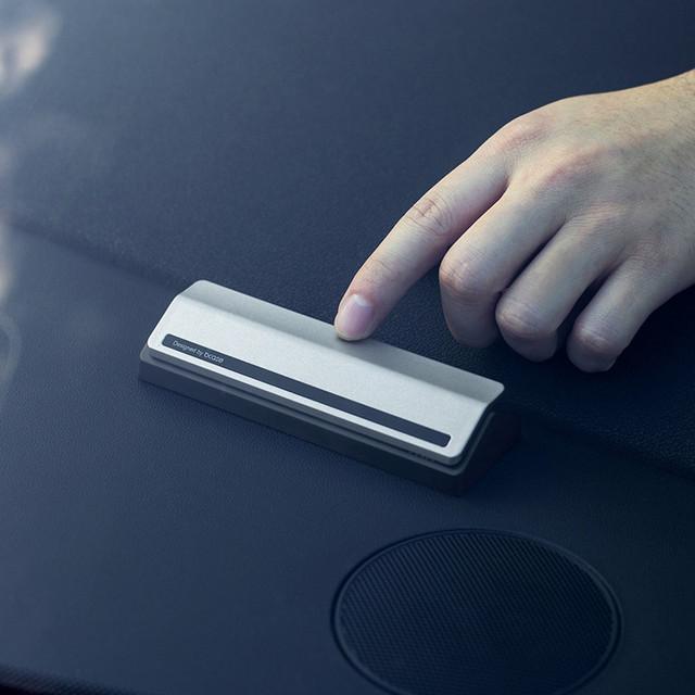 Автомобильный бейдж ,автомобильный указатель телефона.